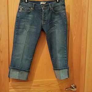 Max Studio Capri Jeans NWT Distressed